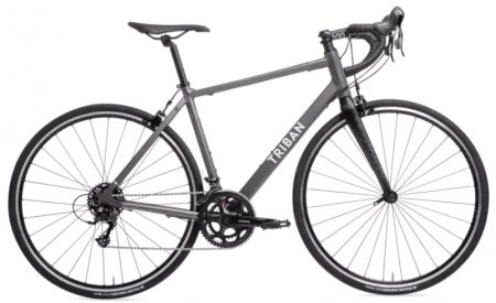 Poti gasi la Decathlon bicicleta de sosea RC 120 Gri Barbati Triban cu care te vei plimba o multime de kilometri fara griji!