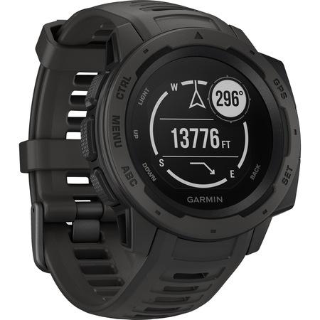 Ceasul Smartwatch Garmin Instinct poate fi utilizat pentru monitorizarea pasilor, a caloriilor arse si a locurilor pe unde ne aflam prin GPS.