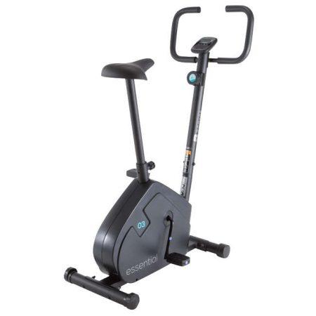 Cea mai ieftina bicicleta fitness de apartament de la Decathlon este Essential Domyos. Mi se pare o optiune excelenta pentru un incepator care o va utiliza doar de 2 ori pe saptamana!