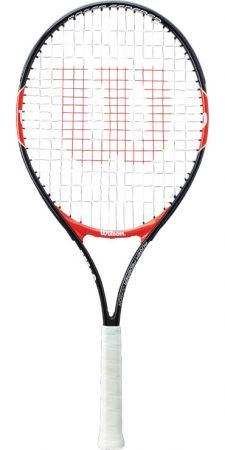 Racheta de tenis Wilson Roger Federer 25 vine de la cel mai popular brand din tenis si se bucura de priza excelenta, tensiunea ei fiind 16 x 18 si balans maxim de 31cm.