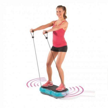 Placa multifunctionala de fitness Vibrating Plate de la AloShop vine inclusiv cu elastice cu care poti lucra bratele.