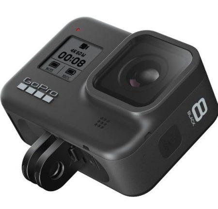 Camera video sport GoPro Hero8 are filmare 4K, rezistenta la apa si vine la un pret special pe Emag.