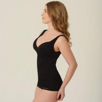 Maioul modelator are doua roluri importante: este ca un sutien obisnuit si ajuta la corectia posturii.
